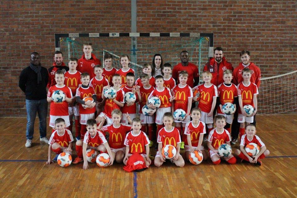 Eine gelungene Woche – Fußballschule des FC Anker machte den Kindern viel Spaß