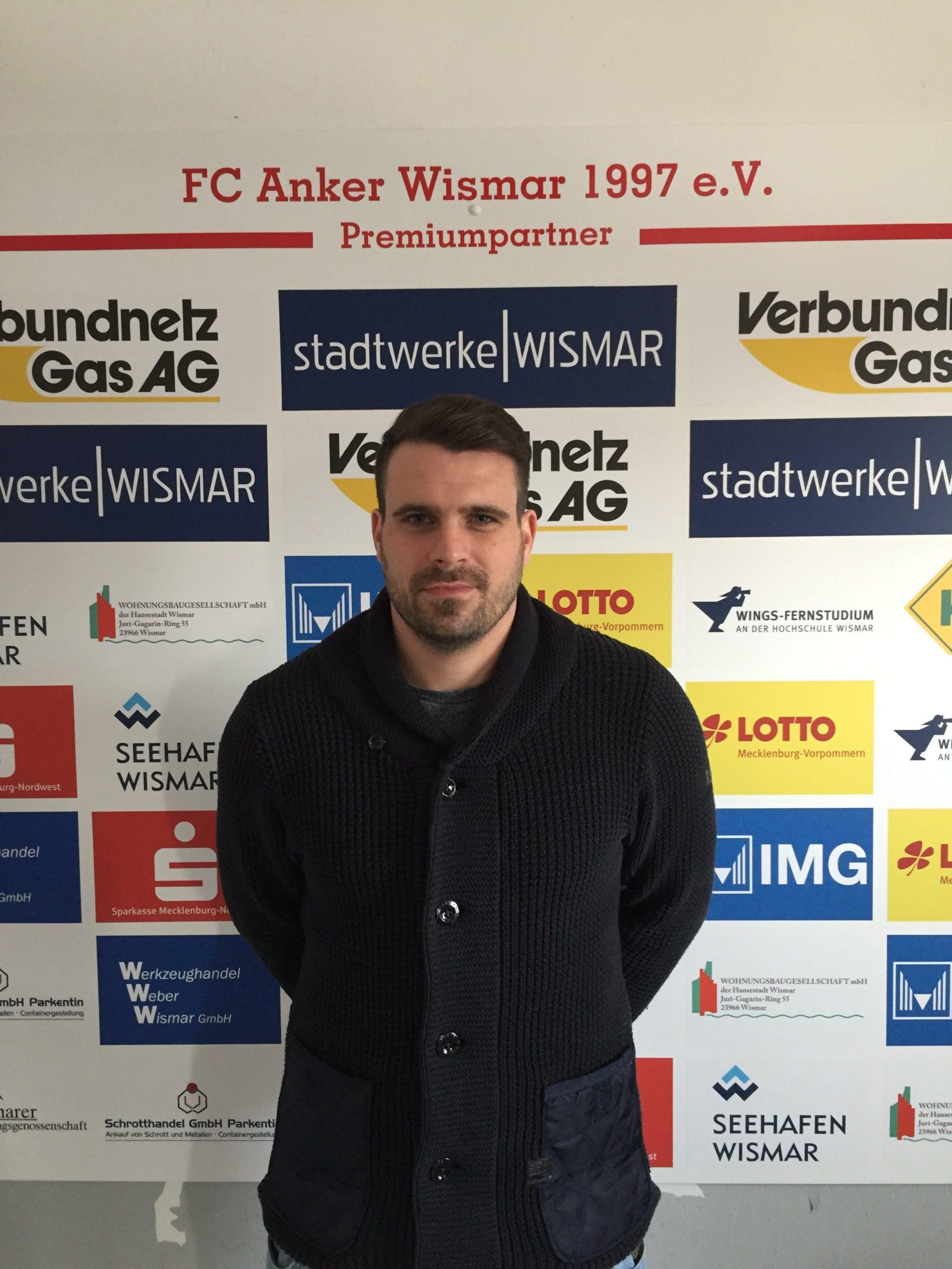 """<strong class=""""sp-staff-role"""">Geschäftsstellenleiter</strong> Philipp Unversucht"""